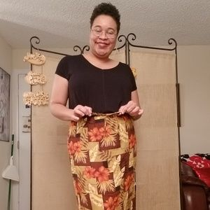 Fall colors/spring flowers skirt
